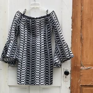 Bardot dress with bell sleeves Size 6